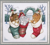 Design Works Crafts Cozy Kittens Christmas counted cross stitch picture kit