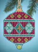 Mill Hill Christmas Jewels Berry Ornament Beaded Counted cross stitch kit