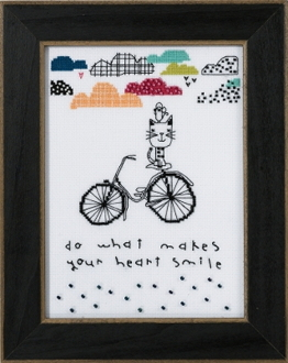 Mill Hill Amylee Weeks beaded counted cross stitch kit - Makes Your Heart Smile
